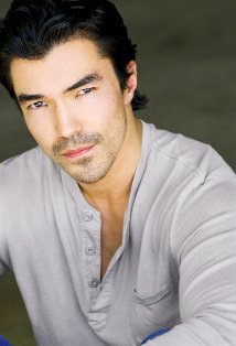 Watch Ian Anthony Dale Movies Online