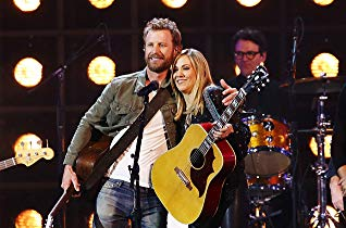 Watch 53rd Annual CMA Awards Online